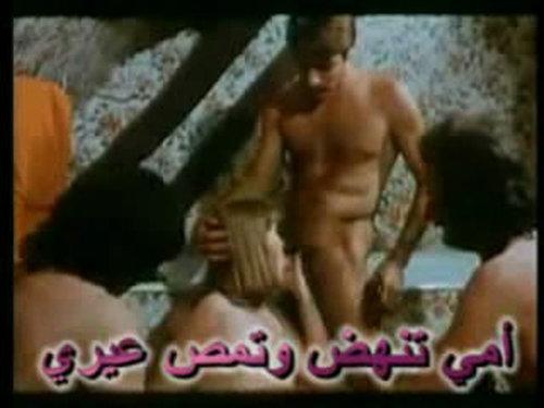 فيلم  سكس محارم كلاسيكى مترجم نيك الاخت والام فى كل الوضعيات مثير
